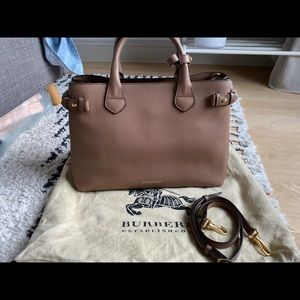Burberry Medium Banner in Tan